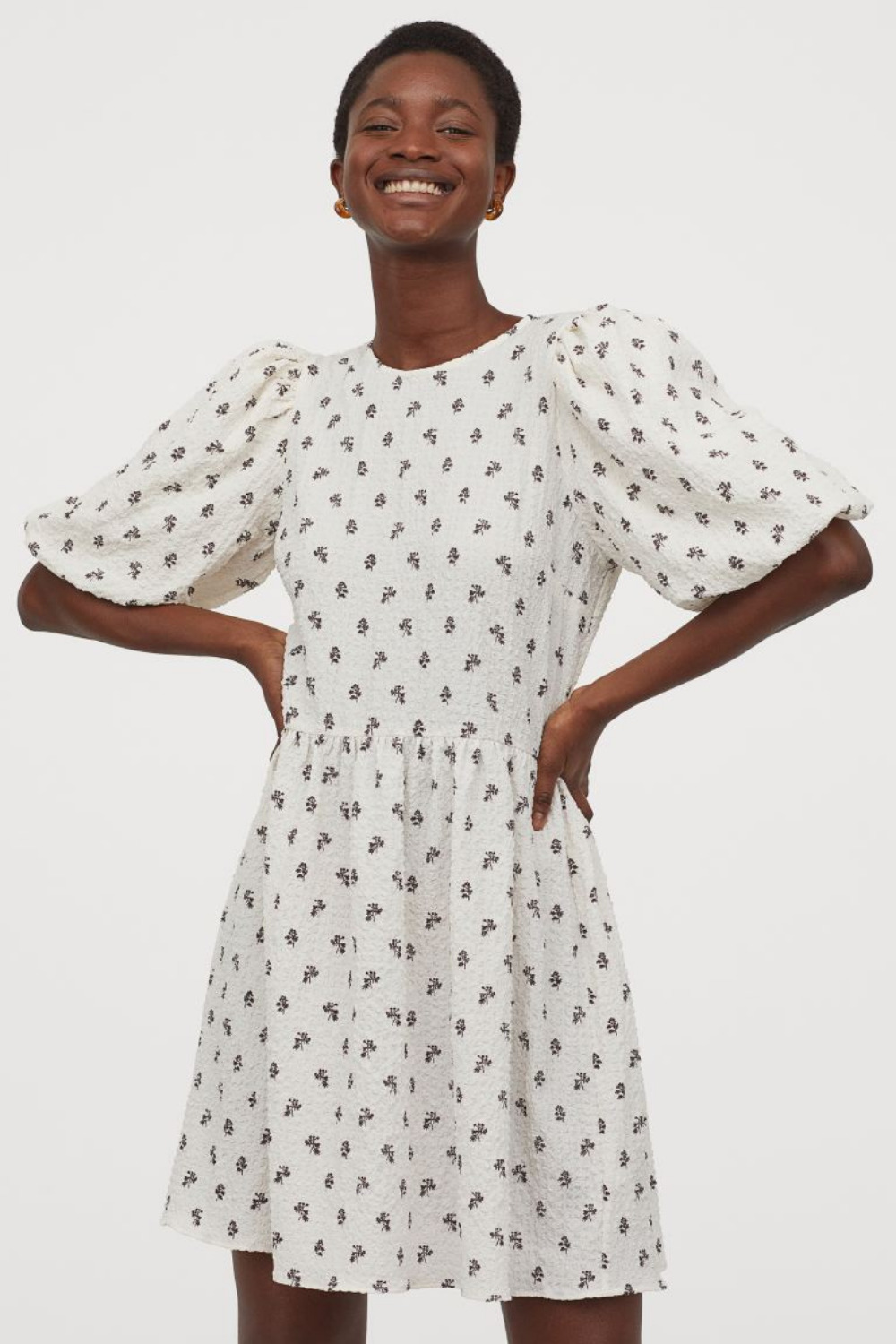 WEEKLY FINDS - Including this H&M Puff-Sleeved Dress