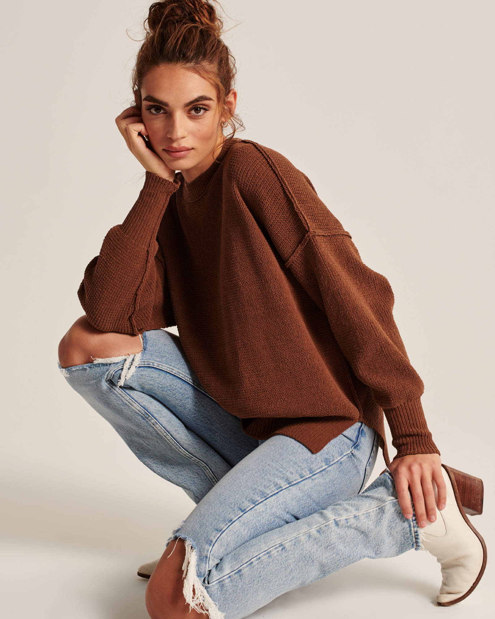 Abercrombie Oversized Chenille Sweater Weekly Finds + The Prettiest Way to Dress Up Your Holiday Looks for Under $8
