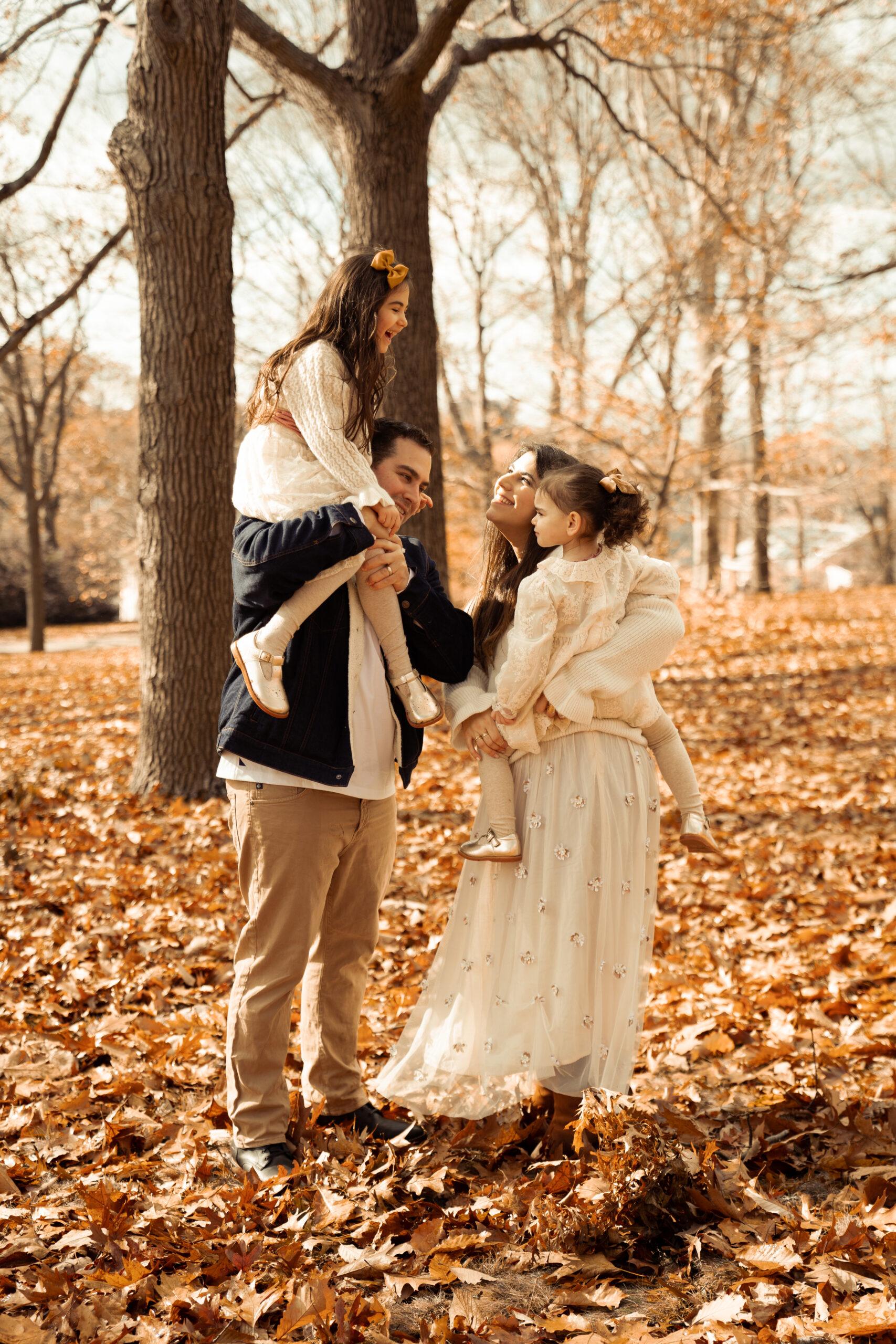 Our Annual Holiday Family Photos + A Thank You | @glitterinclexi | GLITTERINC.COM