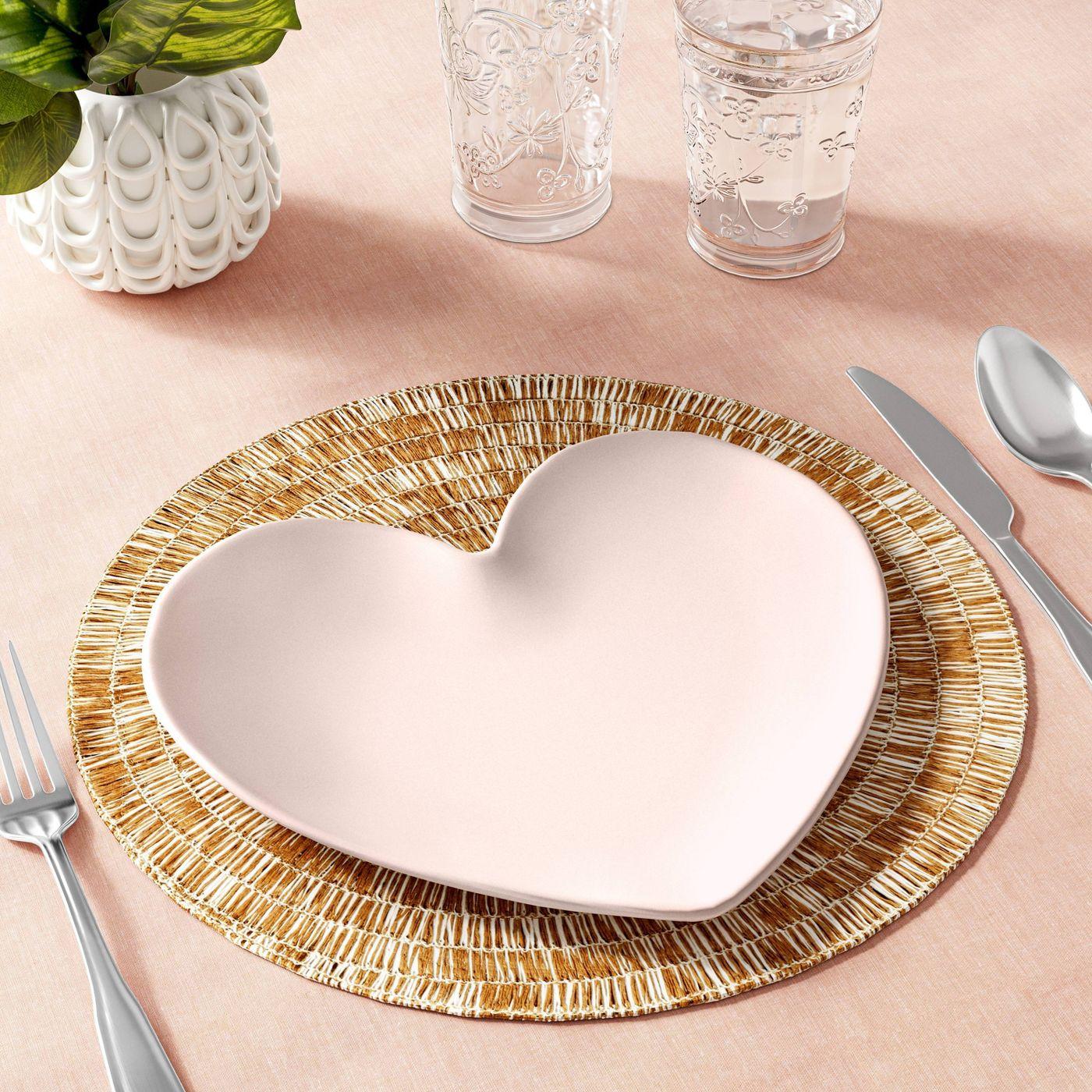 Opalhouse Melamine Heart Plate | Instagram's Most Popular Blanket