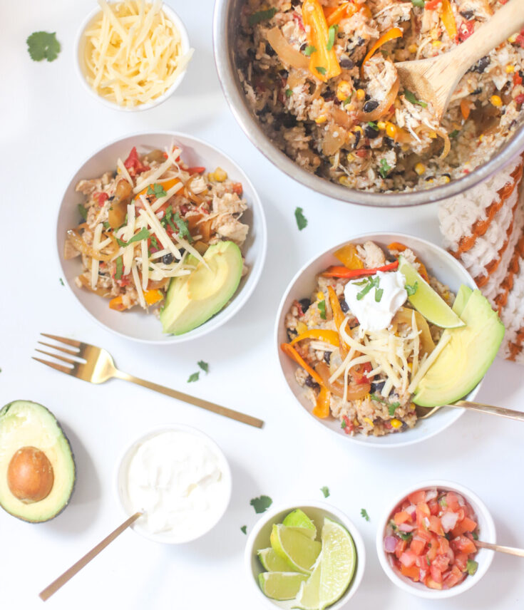 Instant Pot Loaded Chicken Fajita Rice Bowls - GLITTERINC.COM