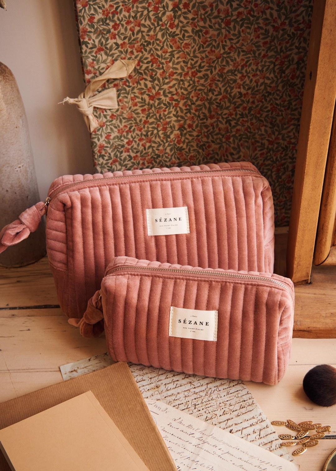 Sézane Toiletry Bag in Velvet Blush