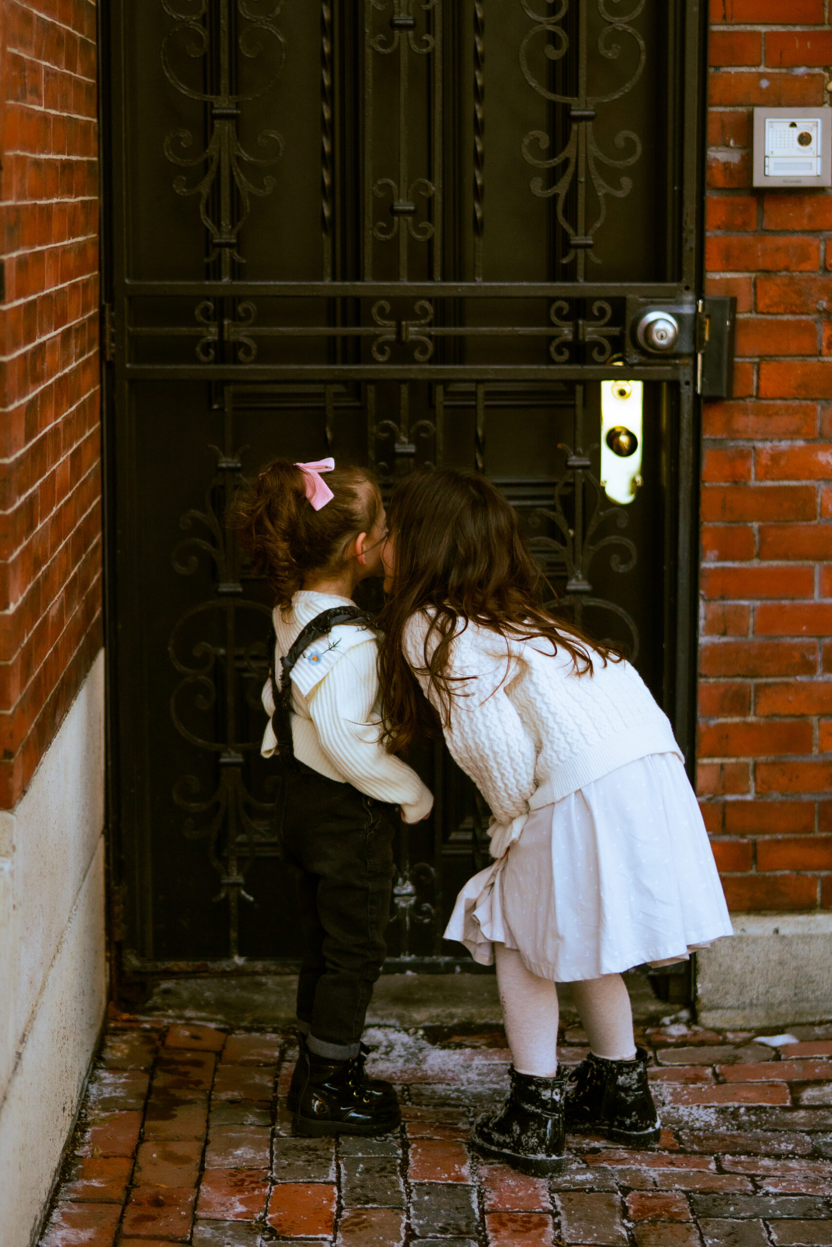 Living in a Big City With Young Kids -- Sharing a look at what it has been like to live in Boston with young kids, how we make it work for our family, and why we plan on staying for a while! | Boston | @glitterinclexi | GLITTERINC.COM