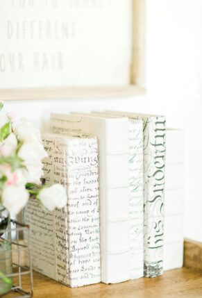 Little Love Notes + Covered Book Spines + Details on the First Week in Our New Home - GLITTERINC.COM