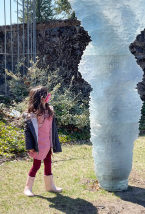 Exploring Boston - deCordova Sculpture Park in Lincoln Massachusetts - Visiting with Young Kids | @glitterinclexi | GLITTERINC.COM