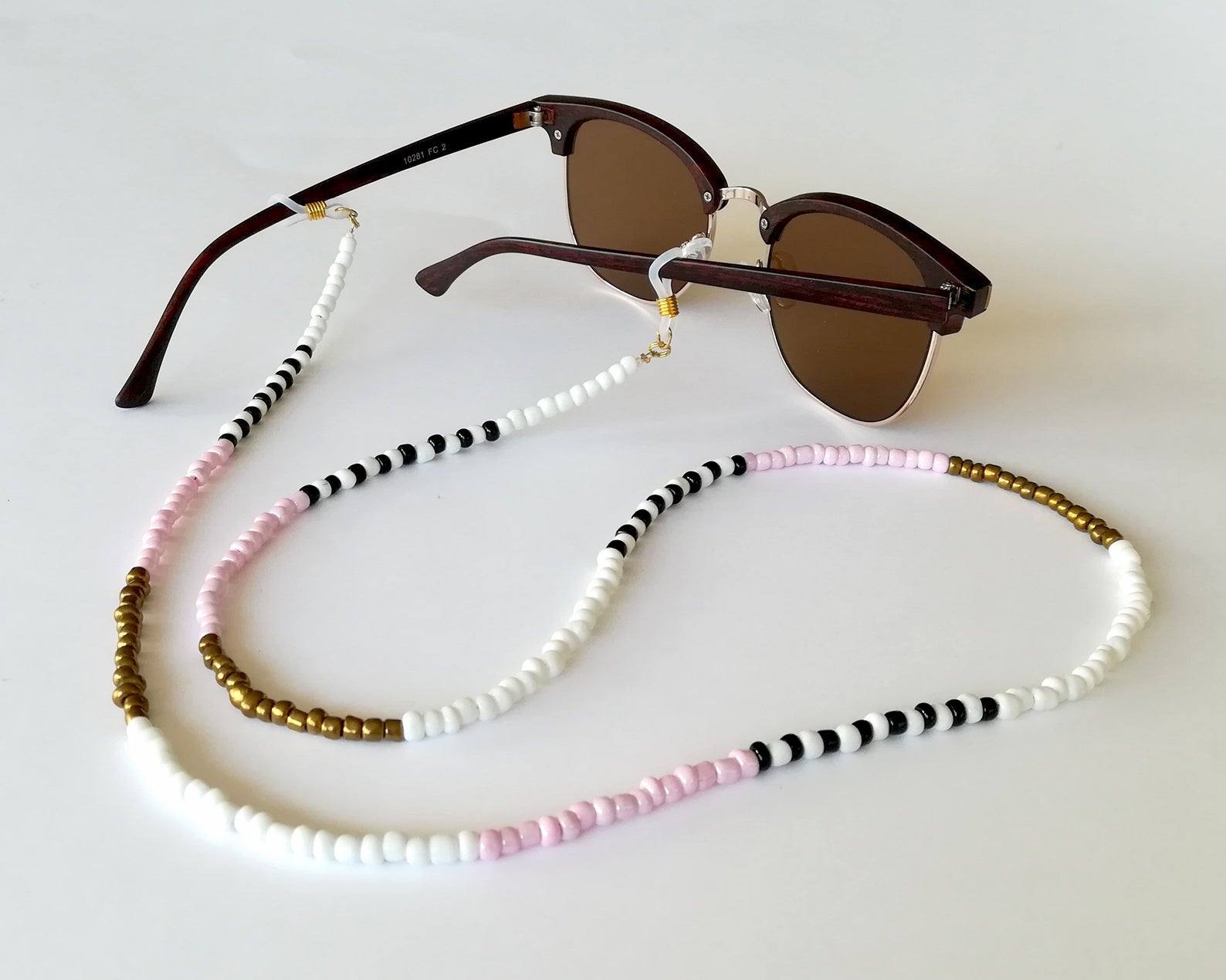 sun glasses with Eyeglass Necklace Chain or Beaded Eyeglass Holders for