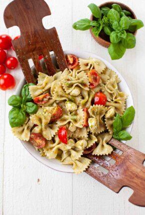 The Best Summer Pasta Salad Recipes - Caprese Pasta Salad with Pesto
