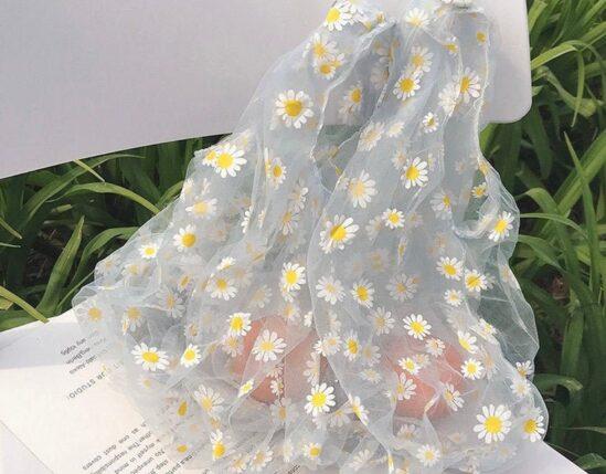 Weekly Finds I Organza Daisy Shopping Tote Bag